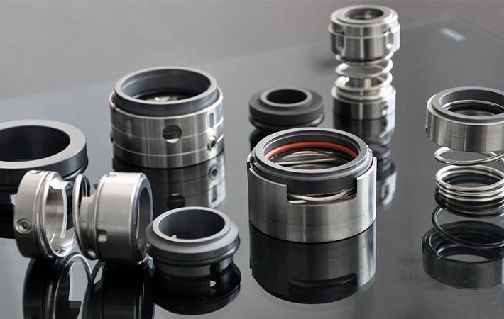 Understanding The Basics of Mechanical Seals Vs. Packing